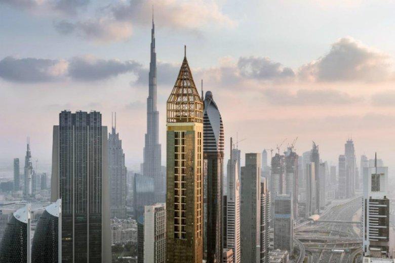 Czterogwiazdkowy hotel Gevora w Dubaju nosi tytuł najwyższego hotelu na świecie.