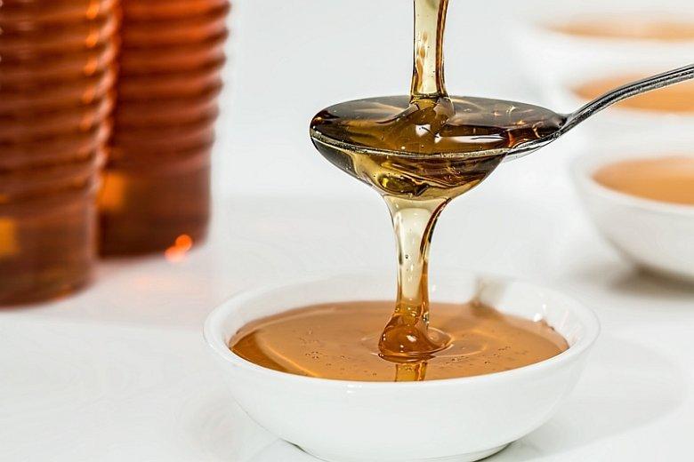 Do produktów spożywczych dodawany jest często syrop glukozowy lub syrop glukozo-fruktozowy. Nie bez znaczenia jest to, na który się zdecydujemy
