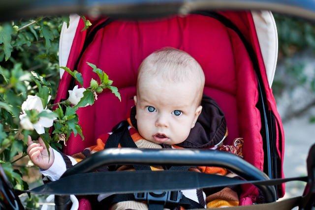 Lena i Jakub to najczęściej nadawane dzieciom imiona w 2014 r.