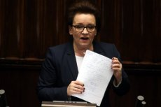 Minister Anna Zalewska ma coraz więcej wrogów. Reforma edukacji nie podoba się nauczycielom