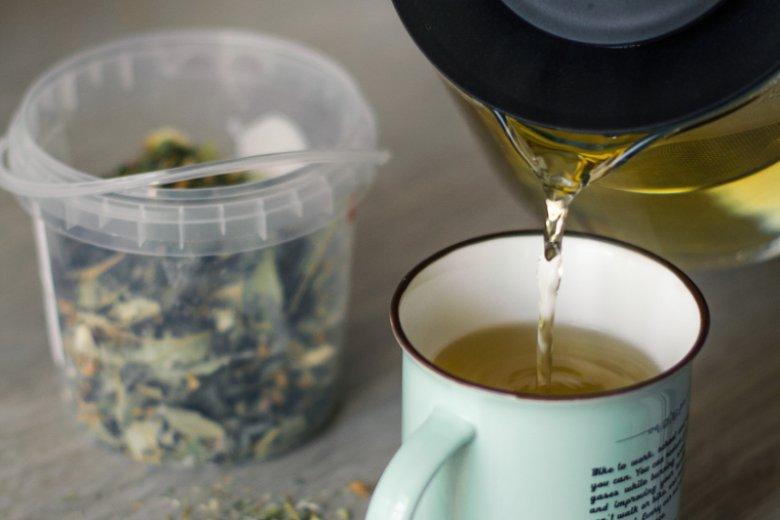 Kobiety w ciąży częściej wybierają herbatę, niż kawę