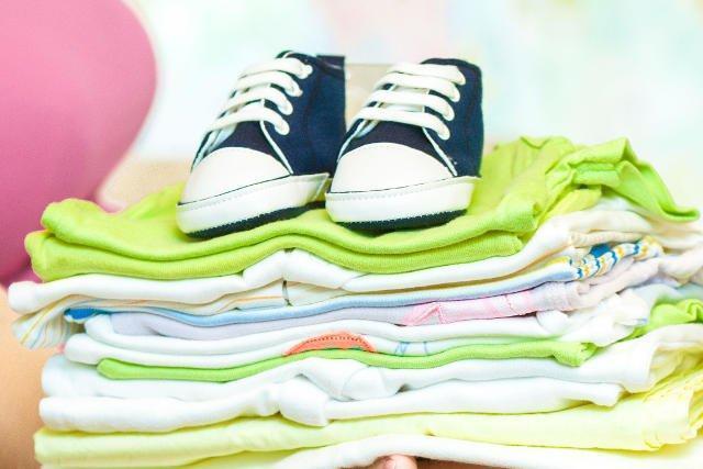 Wymiana ubran po dzieciach to nie tylko okazja do zaoszczędzenia, ale także do spotkań towarzyskich