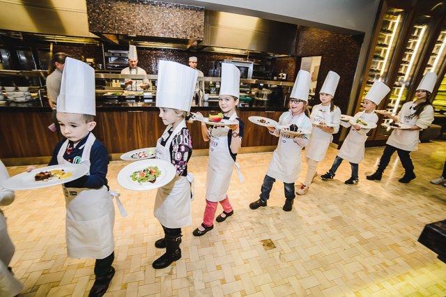 Małym kucharzom najbardziej podobało się gotowanie w pojedynkę i prezentowanie potraw jurorom.