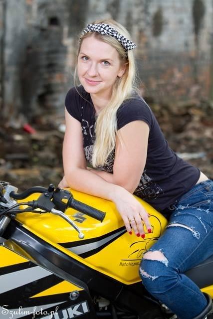 Natalia Bułyk, założycielka grupy o nazwie MotoMamusie.