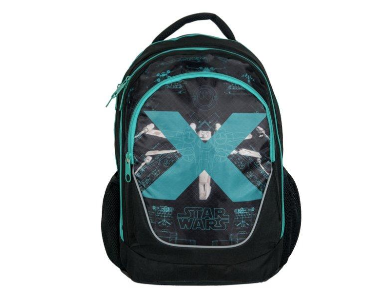 Oferowany przez Paso plecak szkolny Star Wars to przykład plecaka z pokrytymi siatką ergonomicznych plecami, wyprofilowanymi szelkami, usztywnionym dnem i odblaskami