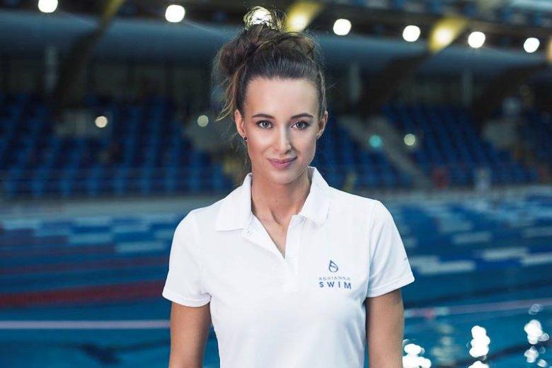 Adrianna SWIM to szkoła pływania, której właścicielką jest doświadczona instruktorka Adrianna Wawrzynkiewicz. Pod jej szyldem odbywają się m.in. zajęcia dla dzieci w wieku od 3 miesięcy do 1,5 roku