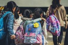 Otwarcie szkół dla klas 1-3 - scenariusz francuski