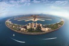 W Dubaju, centrum turystycznym Zjednoczonych Emiratów Arabskich, znajdziemy mnóstwo hoteli nie tylko bajecznie położonych, ale także bardzo otwartych na potrzeby dzieci