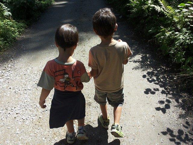 Dla rodzeństwa zestawienie z bratem czy siostrą przeważnie wypada dla jednego z nich niesprawiedliwie.