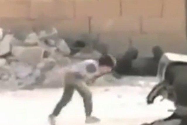 O małym syryjskim bohaterze coraz głośniej mówi się w światowych mediach.
