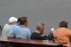 Czy Polacy traktują gorzej dzieci niż alkoholików?