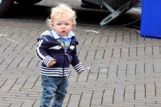 Dziecku chce się siku w miejscu publicznym. Co robić?