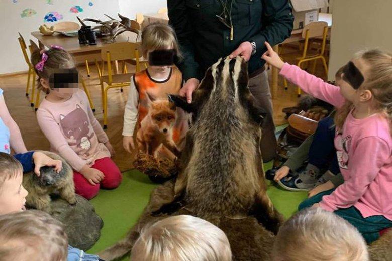 Spotkanie z myśliwym w przedszkolu