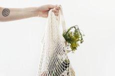 5 trików na przechowywanie warzyw i owoców w małej kuchni w bloku