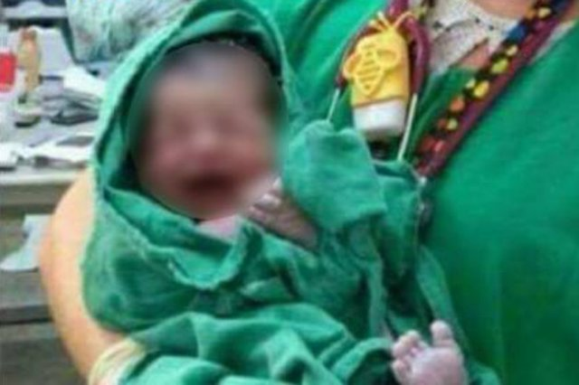 Uwaga na zdjęcia z porodu!