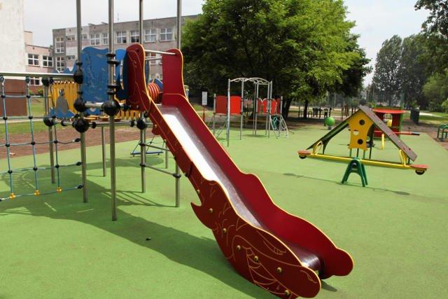 W Polsce przybywa ciekawych placów zabaw. Jednak większość z nich nastawionych jest tylko na jeden rodzaj aktywności