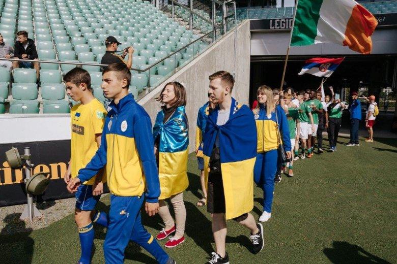 W turnieju wzięły udział 22 zespoły z Europy (m.in. Niemcy, Francja,Estonia, Litwa, Węgry, Serbia, Słowenia, Irlandia, Holandia, Rosja, Hiszpania) i Azji (m.in. Japonia, Jordania, Tajlandia, Wietnam, Palestyna)