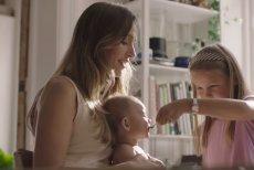 Po upływie pierwszego miesiąca życia dziecku można zacząć już podawać tran z bogatą zawartością kwasów omega-3