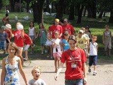 Fot. Flickr/[url=http://bit.ly/1Gfc16v]saritarobinson[/url] / [url= https://creativecommons.org/licenses/by-sa/2.0/]CC BY[/url]/Czy Twoje dziecko może jechać na obóz?
