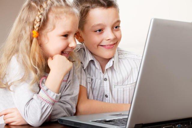 Dzieci nie tylko oglądają memy. Dzieci sa też bohaterami wielu memów.