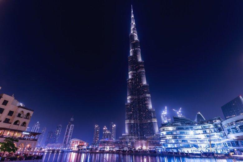 Burj Khalifa, najwyższy wieżowiec świata, to obowiązkowy punkt w programie jednodniowej wycieczki po Dubaju