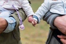 Zdaniem Polek rodzenie dziecka za dzieckiem to zaburzenie.