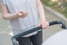 Telefon ważniejszy od dziecka? To coraz częstszy widok