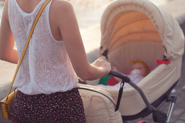 5 przykazań świeżo upieczonej mamy. Po pierwsze, zignoruj dobre rady