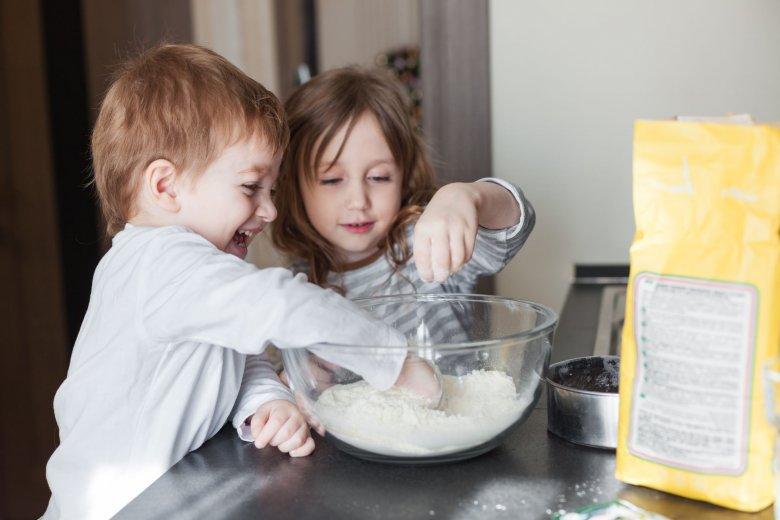 Rodzeństwo w kuchni, to brzmi jak fajna zabawa