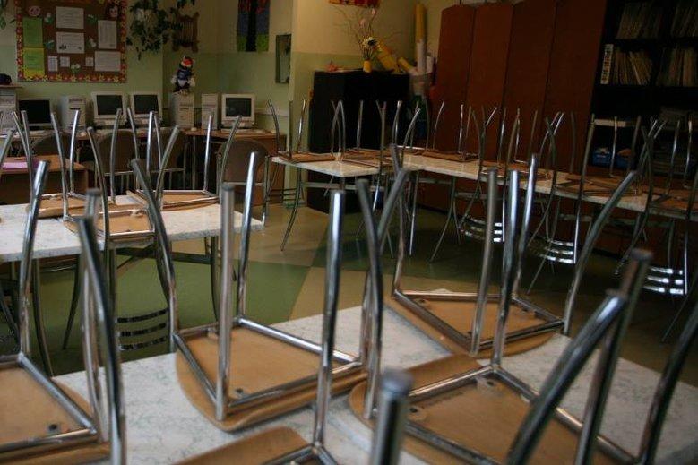 Strajk nauczycieli trwa nieprzerwanie od kilkunastu dni