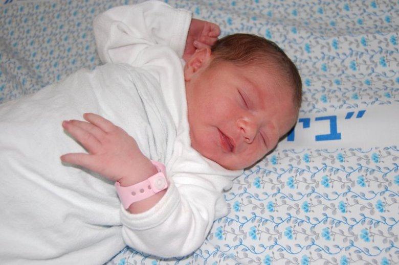 W szpitalu rodzice mogą poprosić o pobranie komórek macierzystych dziecka z pępowiny, w której znajduje się krew, jaka krążyła w czasie ciąży w układzie krwionośnym płodu. Taki materiał może być później wykorzystany do przeszczepień w różnych chorobach