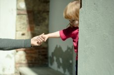 Przemoc wśród rówieśników nie dotyczy tylko starszaków i nastolatków.