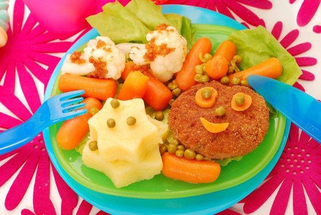 Mięso mielone jako element obiadków dla dzieci.