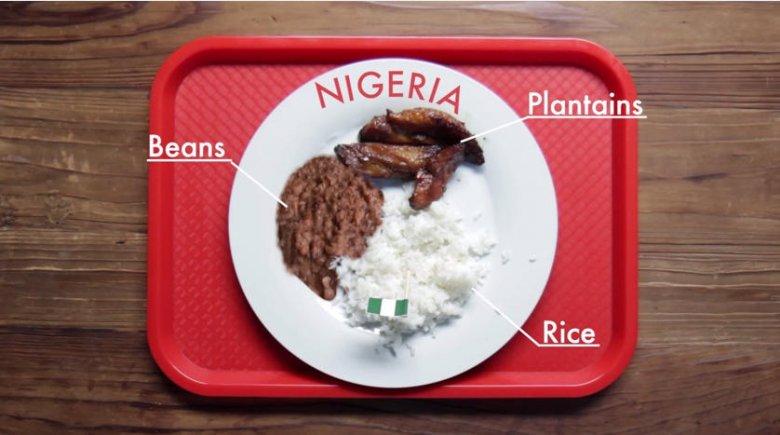 Zestaw obiadowy dla dzieci serwowany w Nigerii