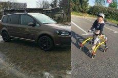 W samochodzie znajdował się sprzęt niezbędny dla chorego chłopca