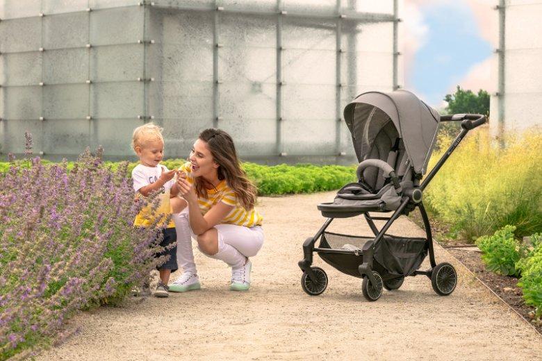 Spacerówka Espiro Galaxy to idealna opcja dla aktywnych rodziców