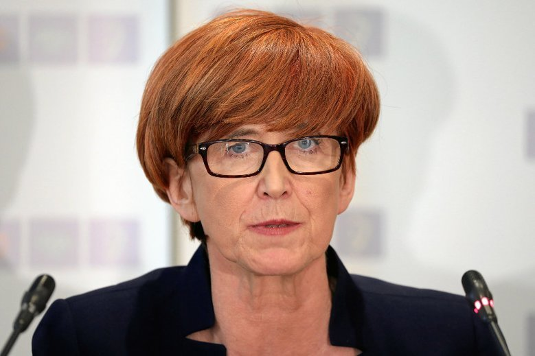 "Sejm uchwalił projekt ""Mama 4 plus"""