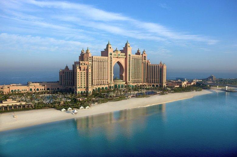 Hotel Atlantis The Palm oferuje bezpłatny wstęp do Aquaventure, największego parku wodnego na Bliskim Wschodzie