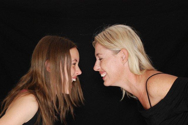 Fot. Pixabay / [url=http://pixabay.com/en/laughter-laugh-fun-mom-daughter-775062/]TawnyNina[/url] / [url=http://pixabay.com/en/service/terms/#download_terms]CC0 Public Domain[/url]
