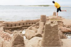 We Włoszech wprowadzono na plaży zakaz... budowy zamków z piasku