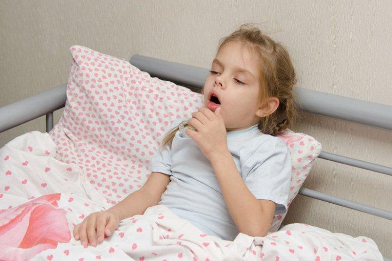 Suchy kaszel i inne rodzaje kaszlu u dziecka.