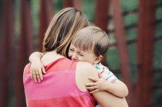 Jak rozmawiać z dziećmi o tym, że tata już do nich nie wróci?