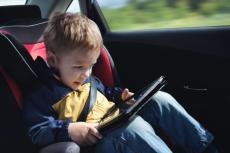 Tablet powinien być przygotowany zanim trafi w ręce dziecka