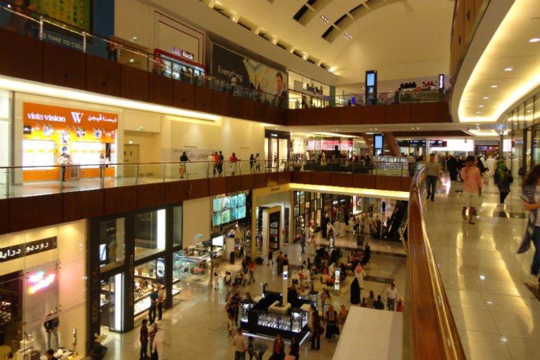 Galeria handlowa Dubai Mall to gigantyczny kompleks o powierzchni 1,1 mln m2