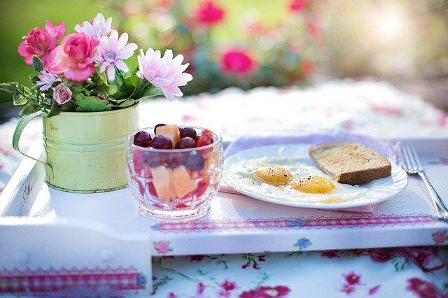 Fot. Pixabay / [url=https://pixabay.com/en/breakfast-fried-eggs-meal-egg-food-848313/]jill111[/url] / [url=https://pixabay.com/en/service/terms/#usage]CC0 Public Domain[/url]