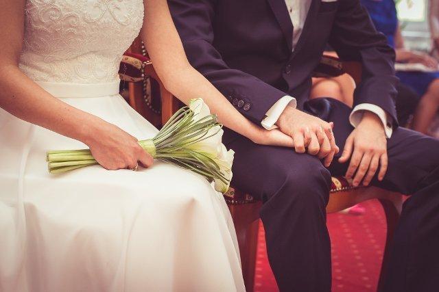 In vitro tylko po ślubie? Do Sejmu trafił projekt ustawy