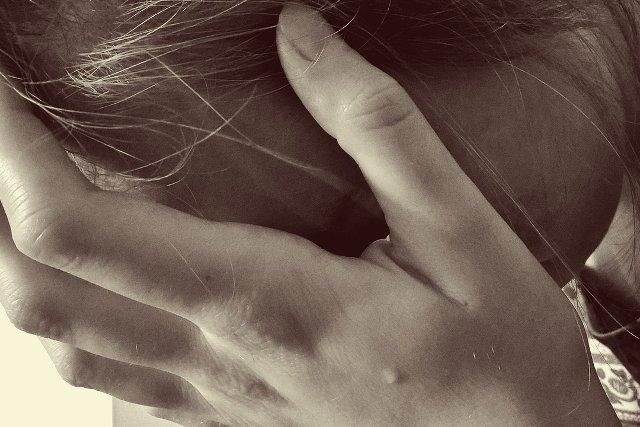 Fot. Pixabay / [url=https://pixabay.com/pl/kobieta-gotowe-sad-łzy-płakać-1006102/]Counselling[/url] / [url=https://pixabay.com/pl/service/terms/#usage]CC0 Public Domain[/url]