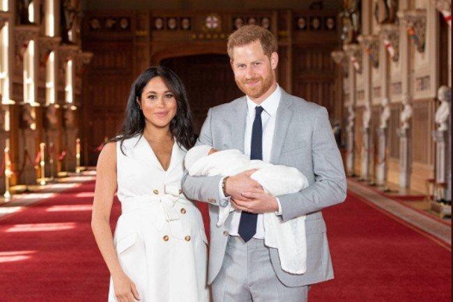 Mały Archie rozpoczyna właśnie trzeci dzień życia