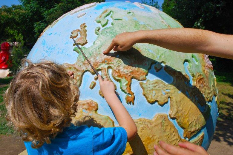 Fot. Pixabay / [url=https://pixabay.com/pl/nauka-geografia-nauczanie-dziecko-928638/]Mojpe[/url] / [url=https://pixabay.com/service/terms/#usage]CC0 Public Domain[/url]