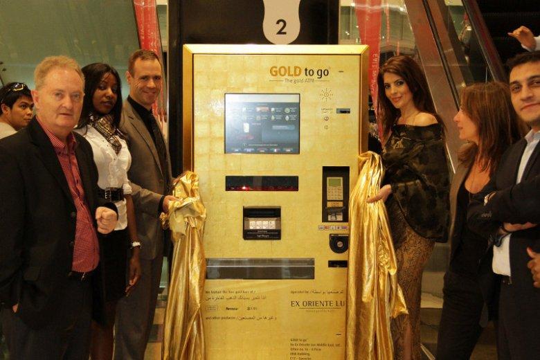 Wydający złoto automat w centrum handlowym Dubai Mall